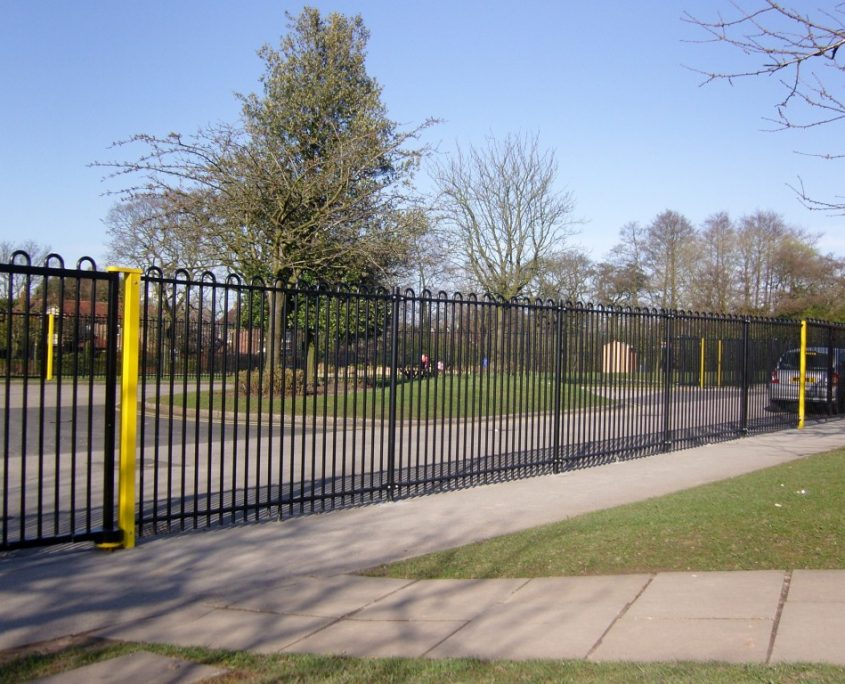 A photo of a Knight Fencing installation at Mundham School