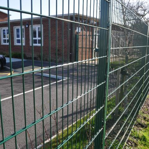 Protek 868 Clamp fencing