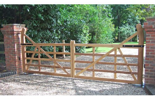 Wooden Gates for Gardens and Driveways | Knight Fencing
