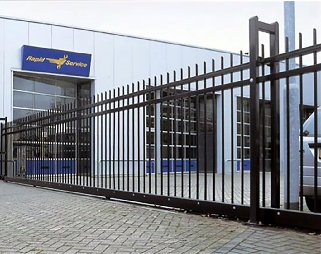 A photo of a Heras Viscount Sliding Gate in an industrial setting