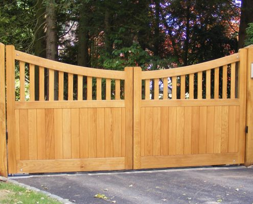 St Edmundsbury Gates - Wooden Entrance Gates