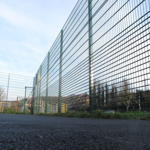 A photo of an Alexandra Protek 656 Rebound Fence